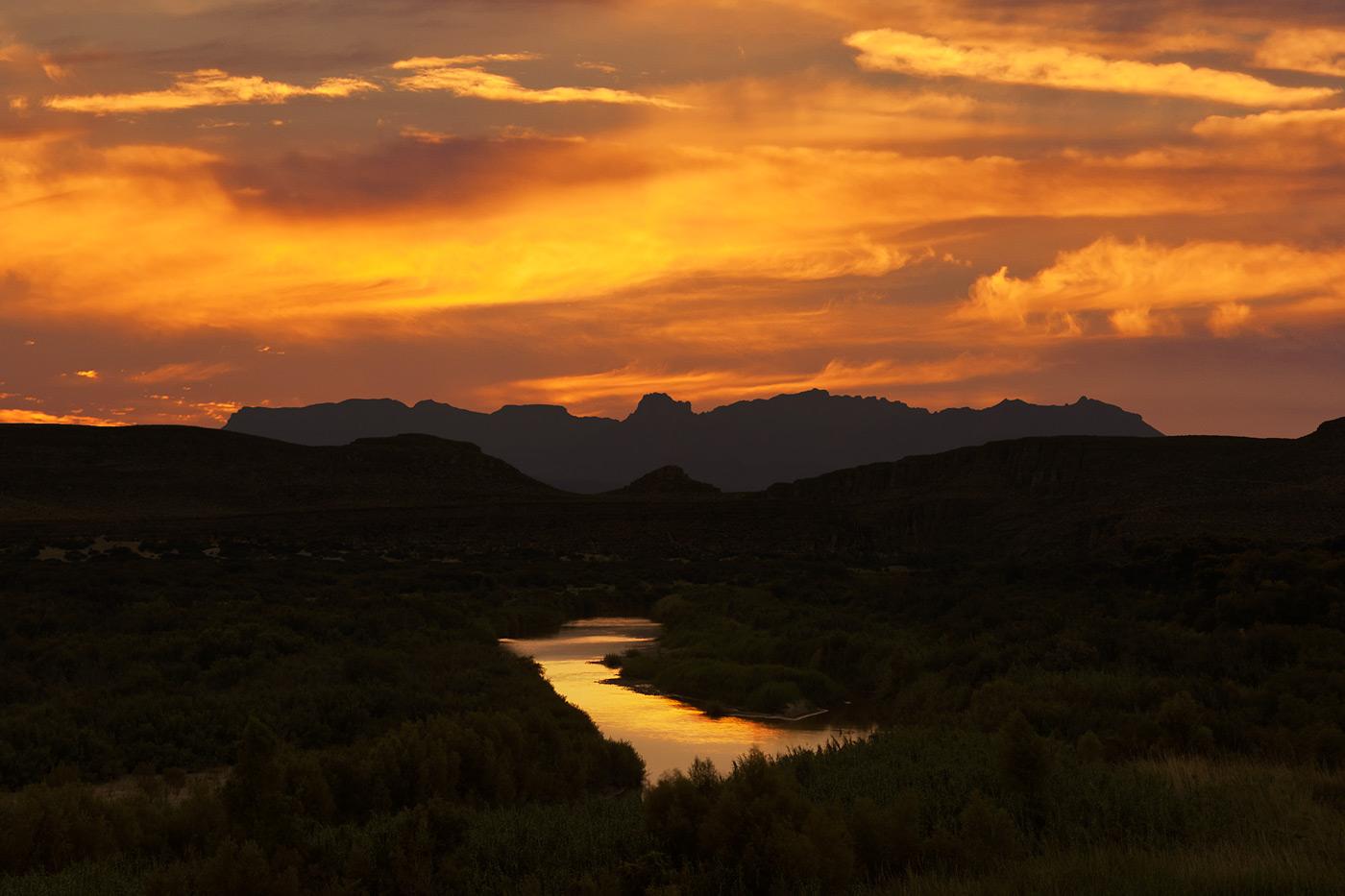 Big-Bend-National-Park-ABP-Rio-Grande-Village-Overlook_sunset.jpg