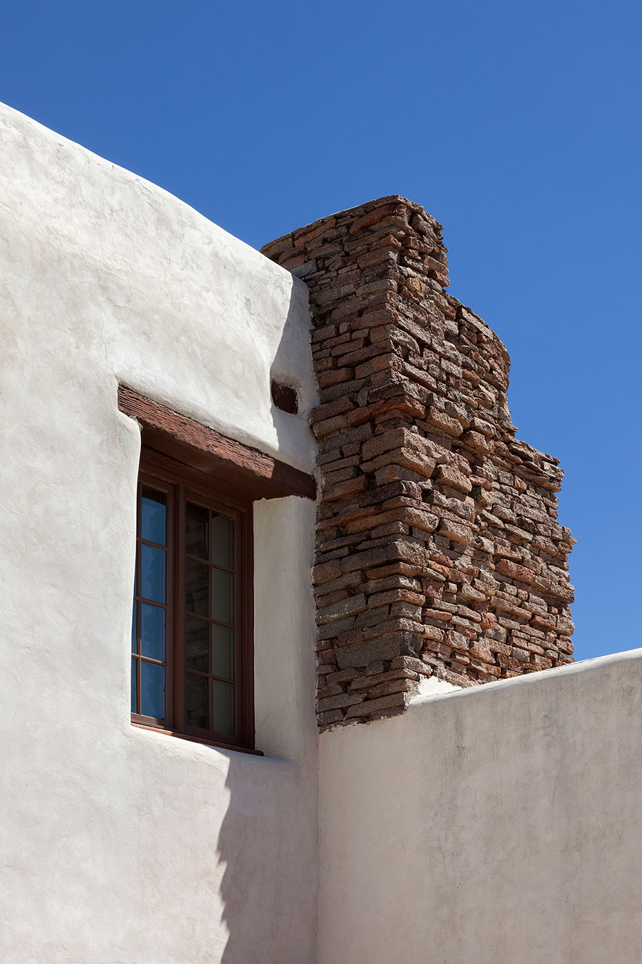 Indian-Lodge_ABP_Historic-Rooms_Exterior.jpg