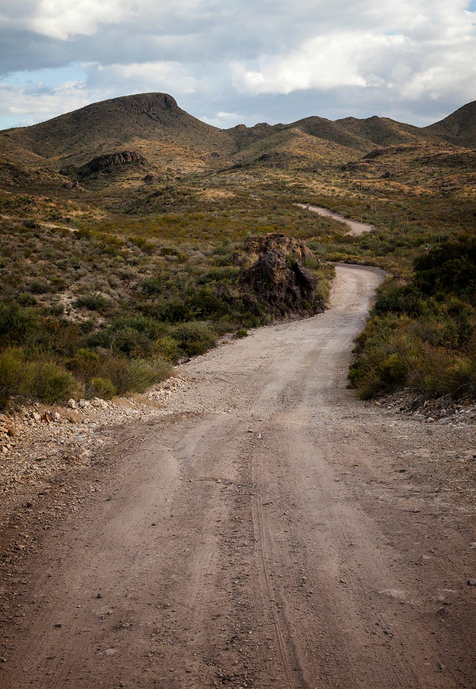 Trans-Pecos-Ultra-ABP-Agua-Adentro_Main-Road2.jpg