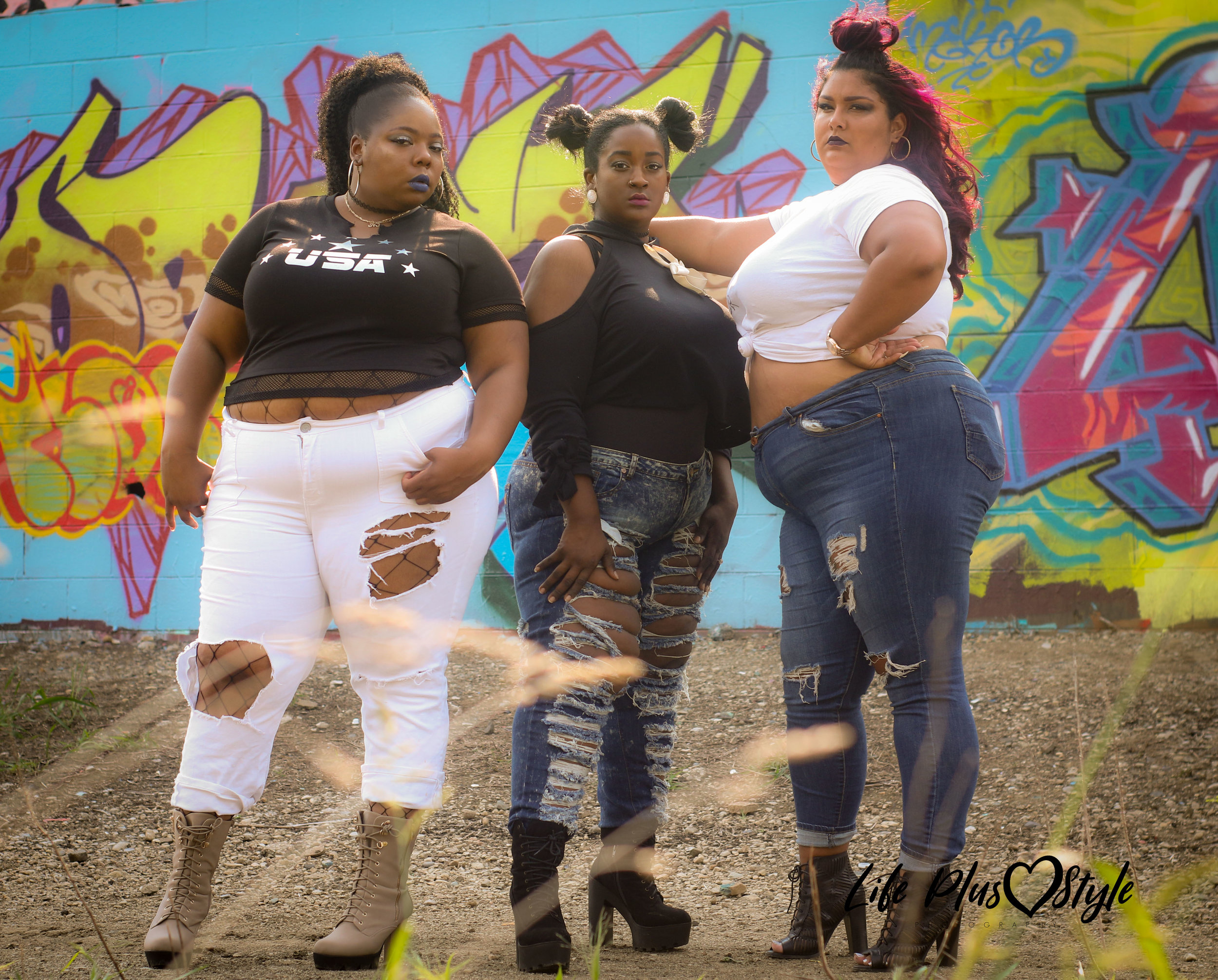 Left to Right   Left Kierra (Kslay ) Tanner , Middle Chyanne (Ducthess the exradionaire ) Summerlin , Right Daria K.B  Photographer Brooke Neal
