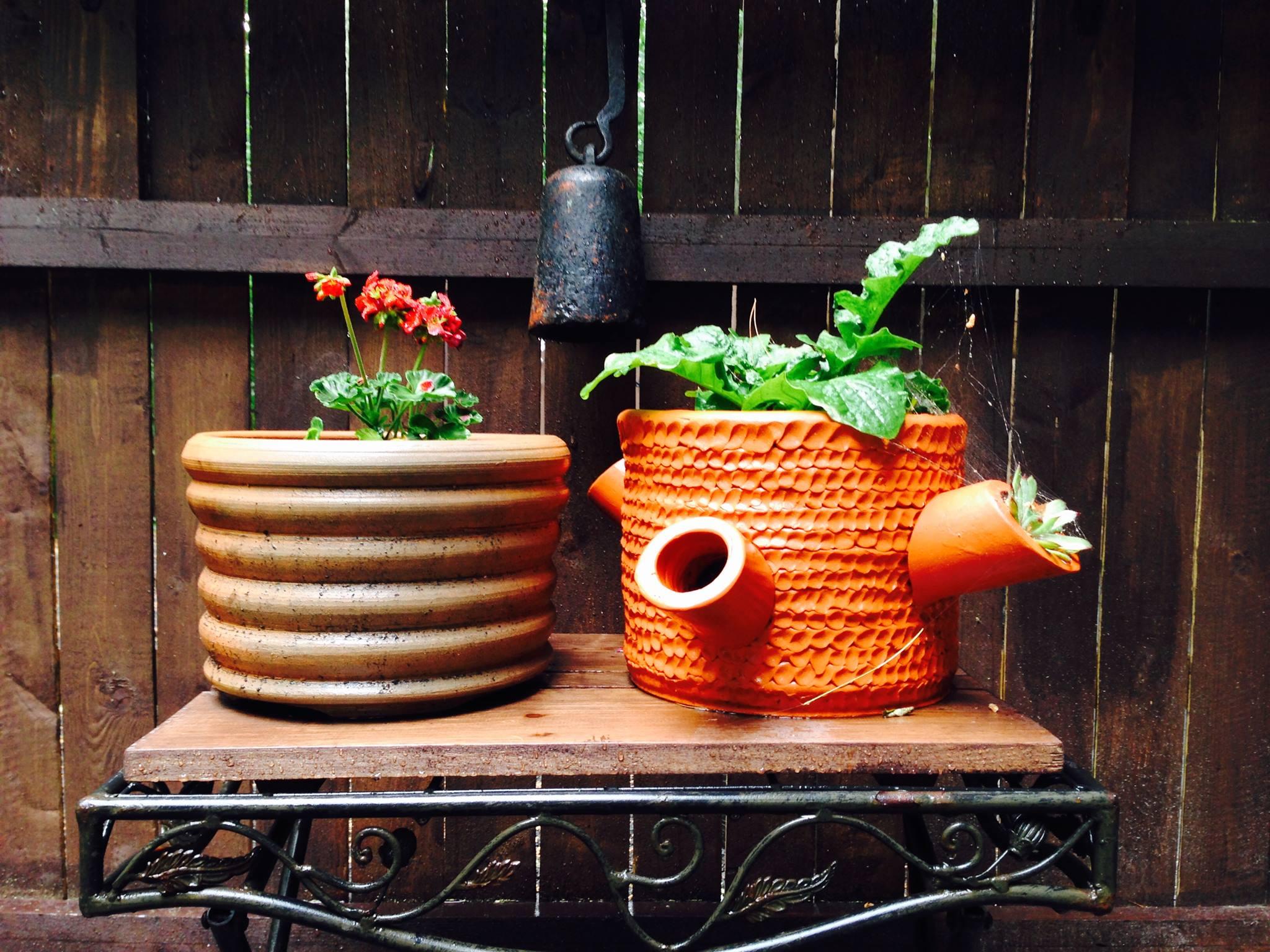 2 Earthenware planters 2016.