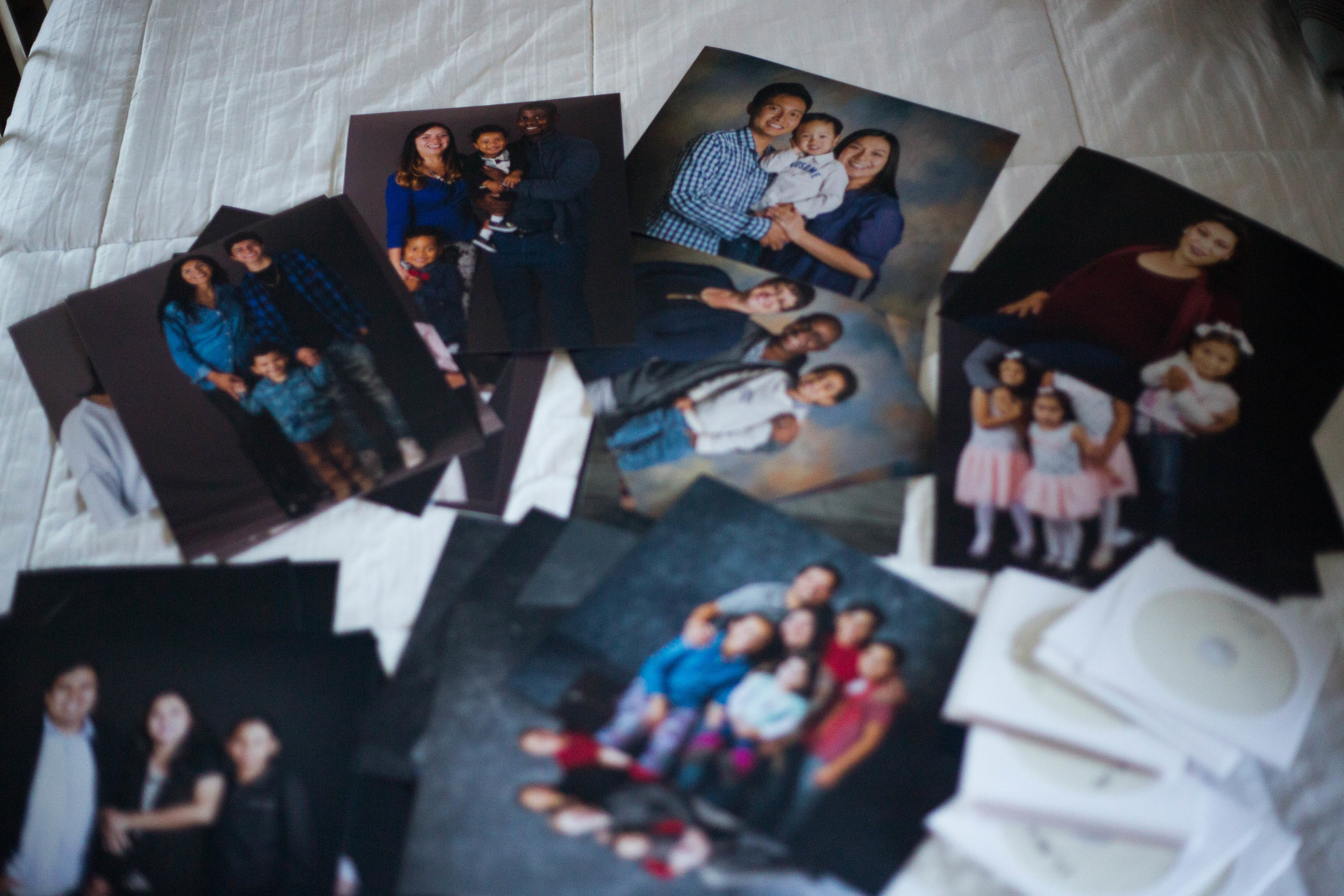 And as always, every family receives a free 8x10 and disc of all their images!