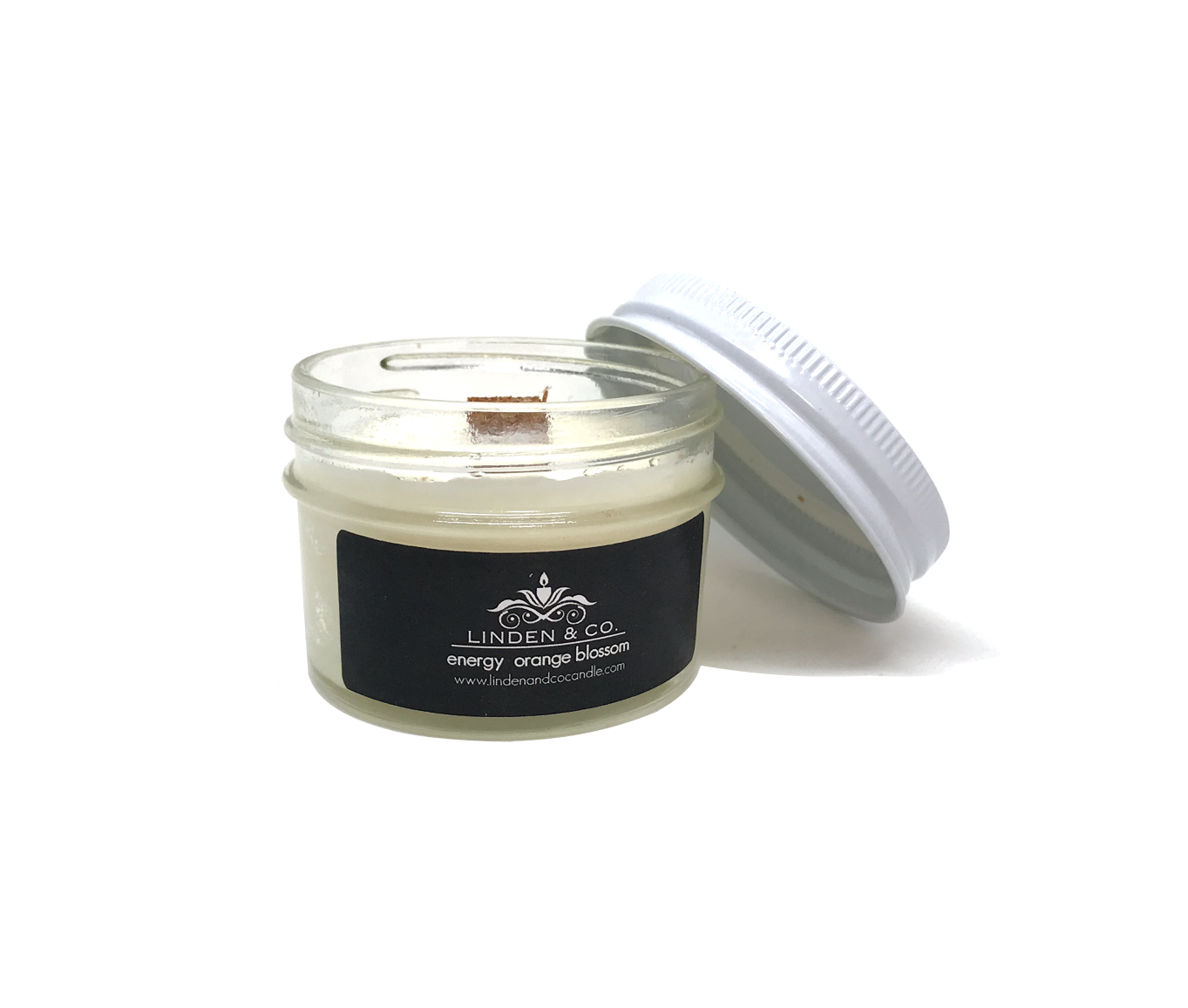 Beautifully scented, handmade, clean burning, organic candles artfully crafted with the utmost integrity towards the wellbeing of those who have the fortune of enjoying the flicker of their flame.