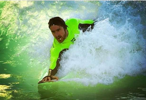 hand board bodysurfing