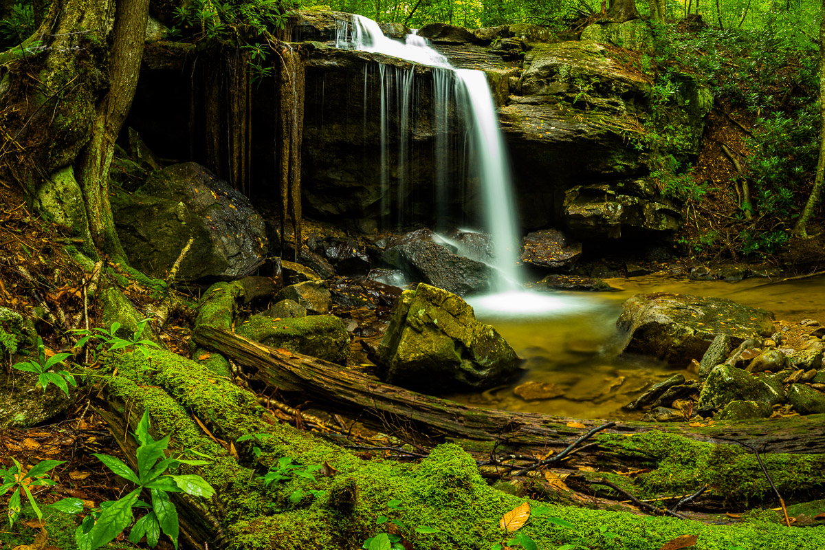 Blizzard Falls - West Virginia