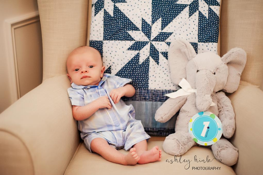 Carter One Month-8.jpg