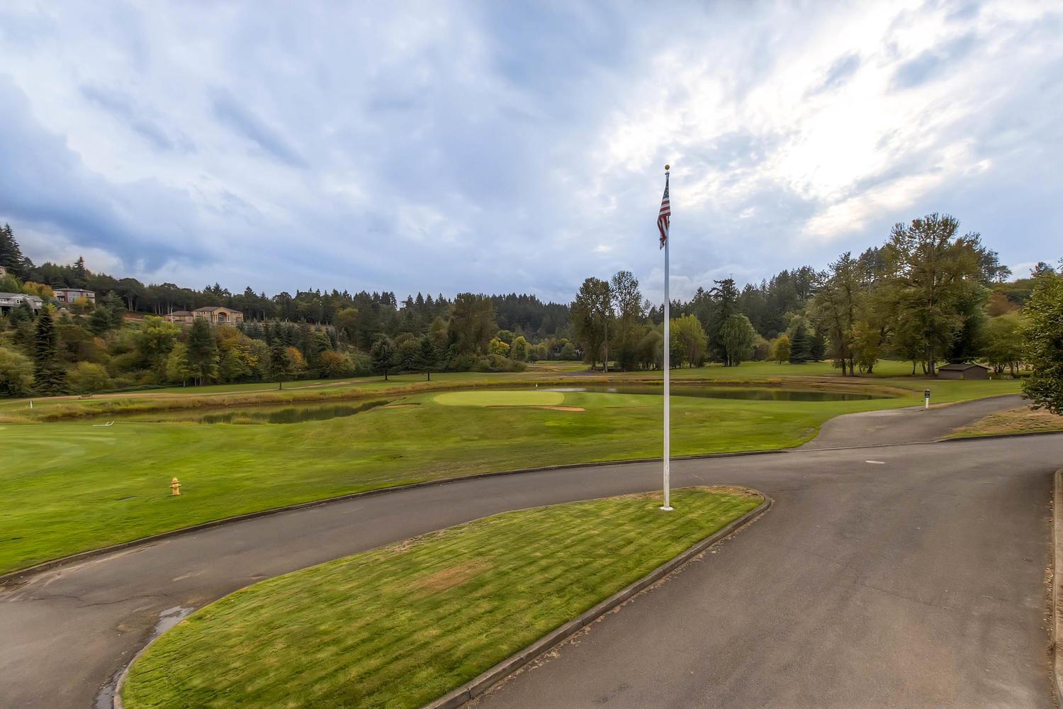 450 Augusta st se Salem OR-large-033-24-Creekside Golf Club-1500x1000-72dpi.jpg
