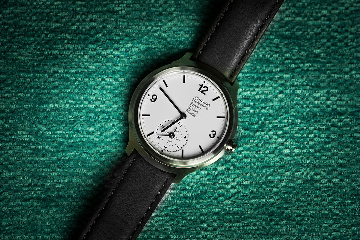 Mondaine Helvetica No 1 Swiss-made Smartwatch