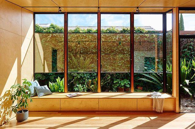 The perfect pondering spot. 🌿✨ Bluestone Terrance Pavilion in Williamstown Melbourne designed by @alterecodesign 📷 by @nikoleramsay . . . #mrfancyplants #architecture #homeinspo #garden #landscape #urbangarden #archdaily #natureathome #urbangarden #relax