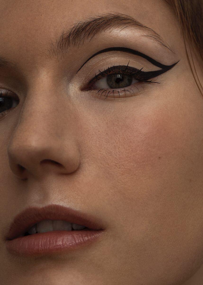 Texture-eyeliner-London Giorgos-Aslanidis-07.jpg