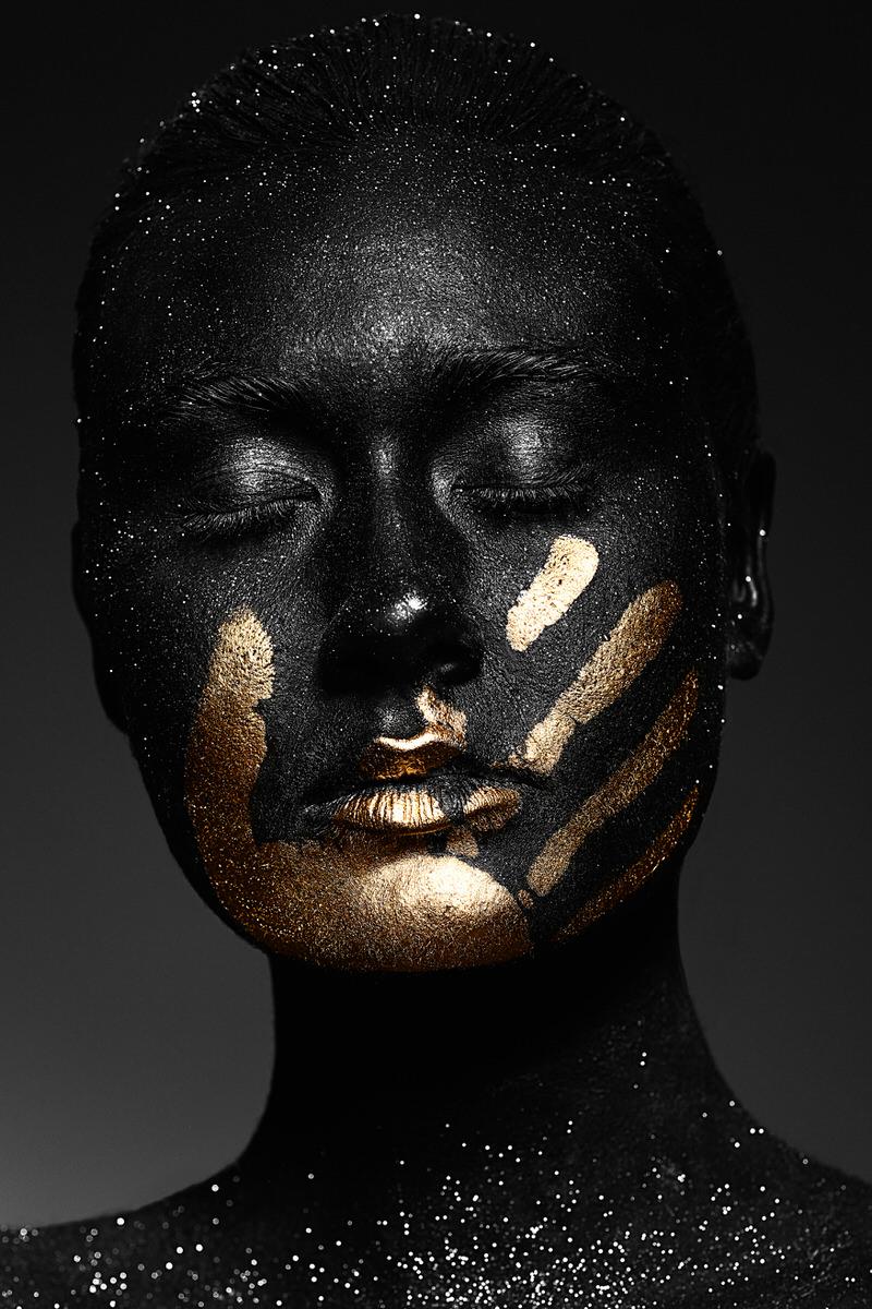 Nora-Orthofer-Black-Project-10.jpg