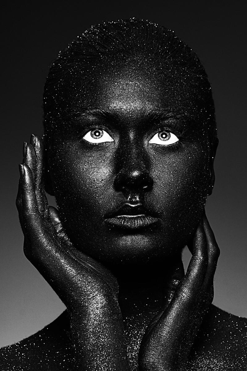 Nora-Orthofer-Black-Project-11.jpg