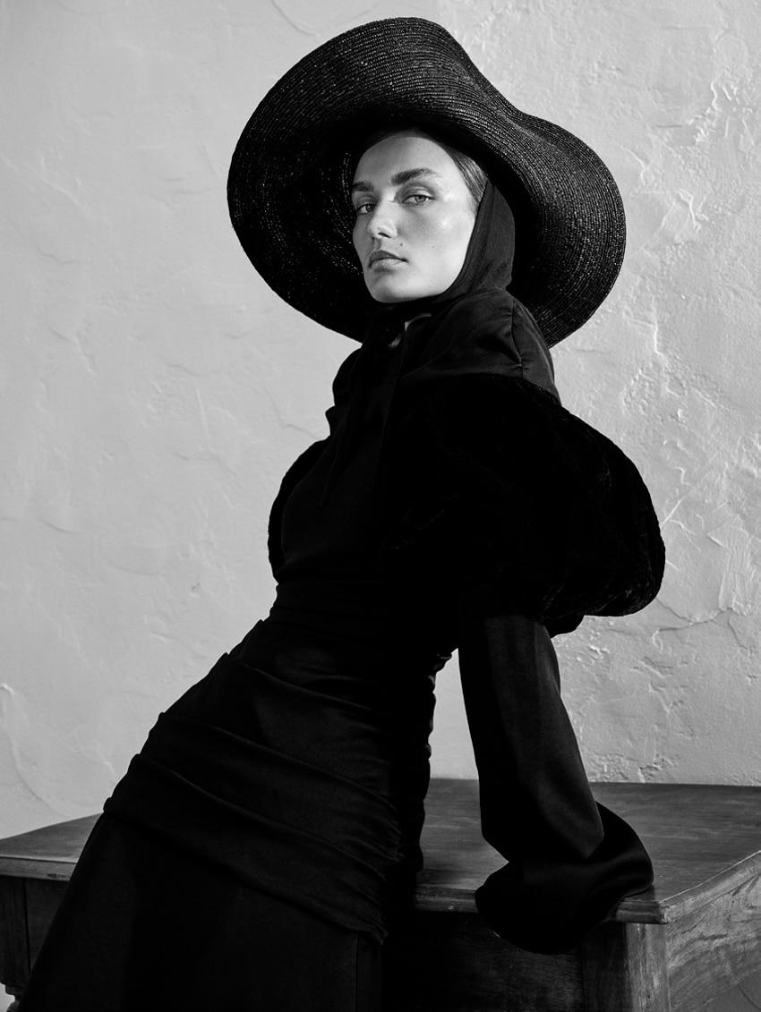 UNCONDITIONAL-Magazine-Issue-6-Andreea-Diaconu-Alexandra-Nataf-10.jpg