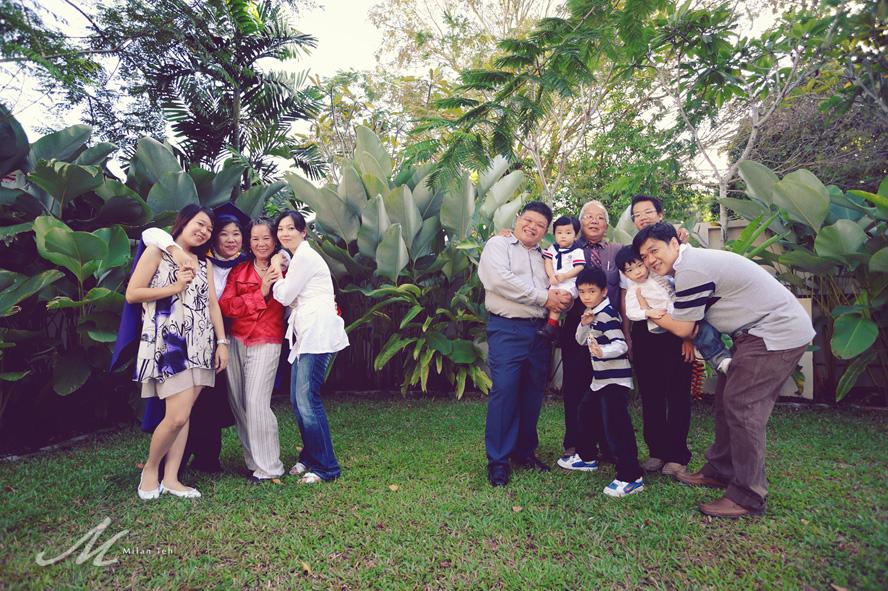 penang-family-photo