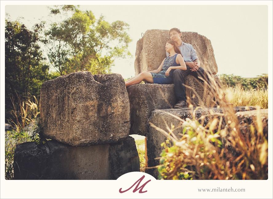 lifestyle-couple-wedding-photo-portrait