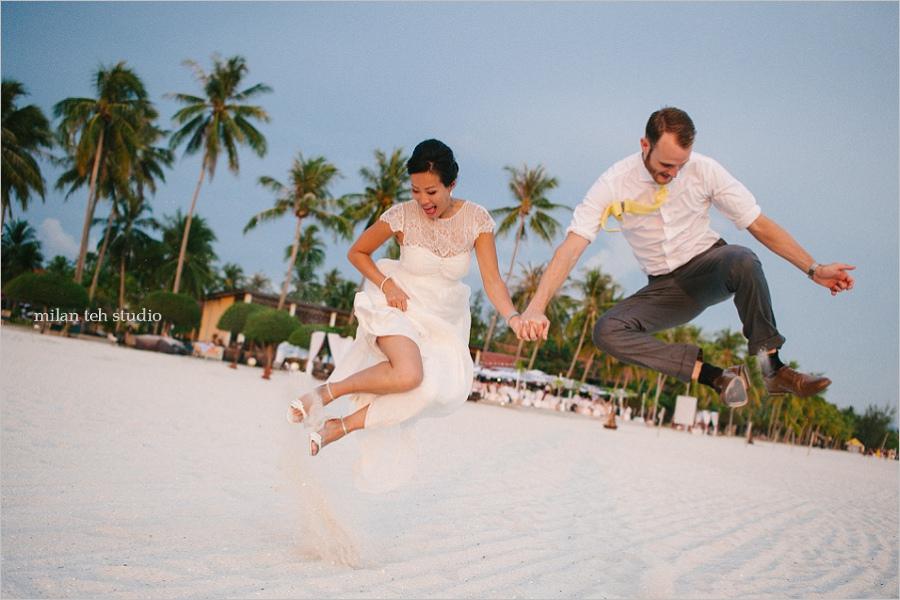 beach-wedding-at-meritus-pelangi-resort-langkawi