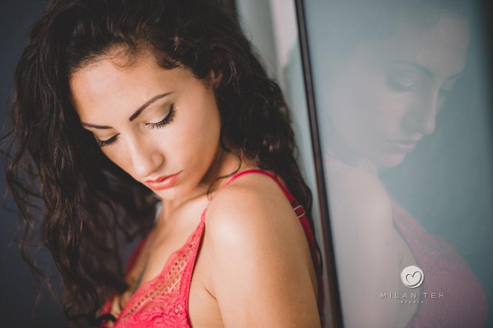 beautiful girl boudoir photographed in penang malaysia