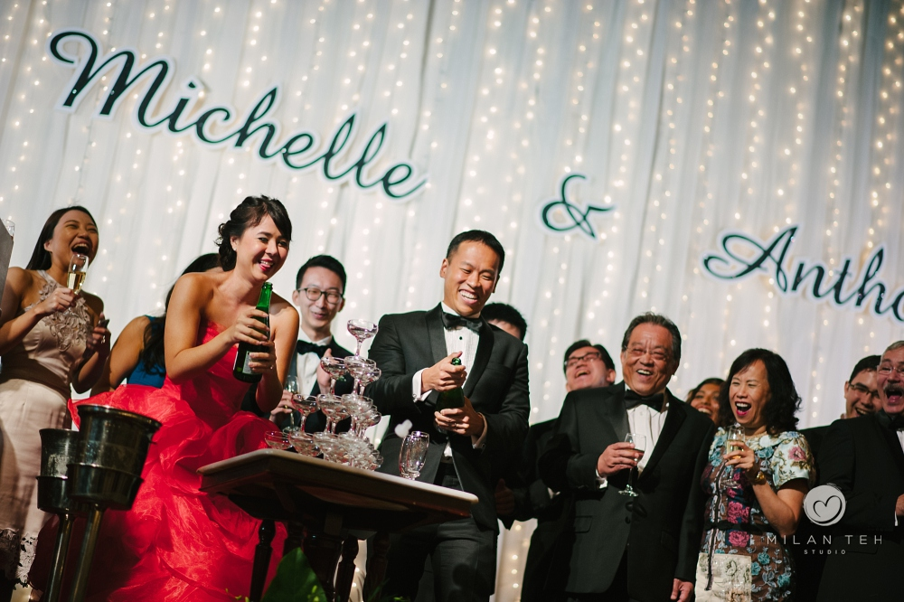 champagne toasting in wedding dinner at e&o hotel penang