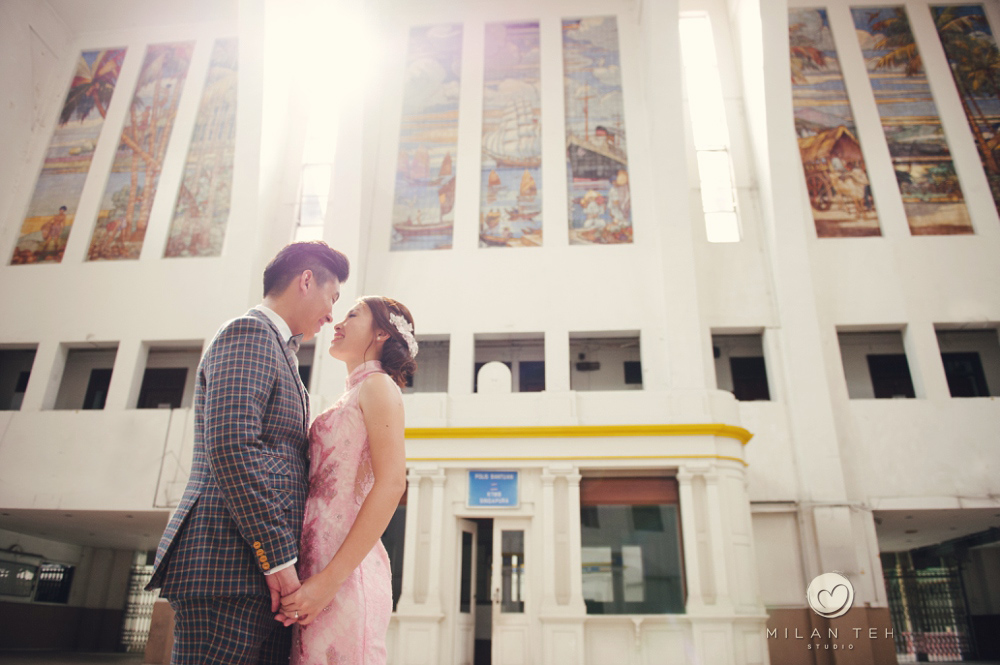 wedding photo at tanjong pagar rail station singapore