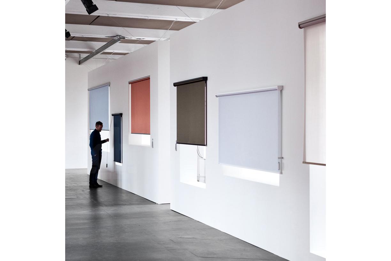 bouroullec-kvadrat-roller-blind-designboom-06.jpg