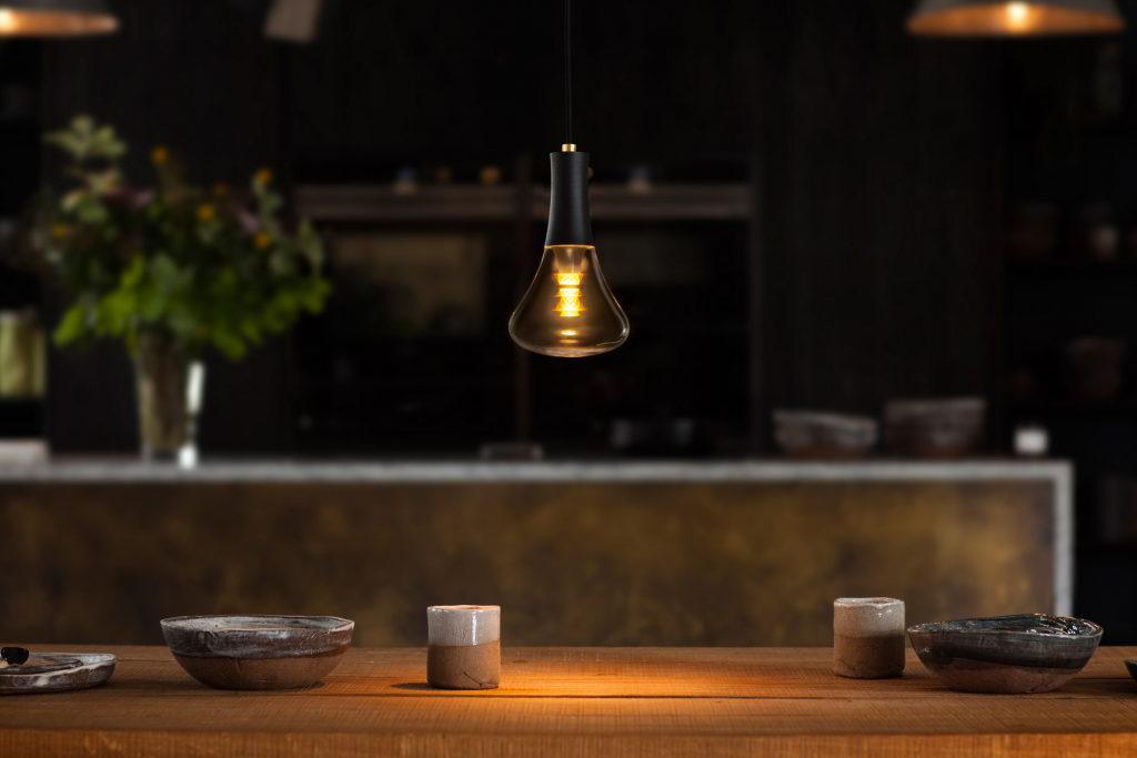 plumen-003-lightbulb-design_dezeen_2364_ss_5-1024x731.jpg