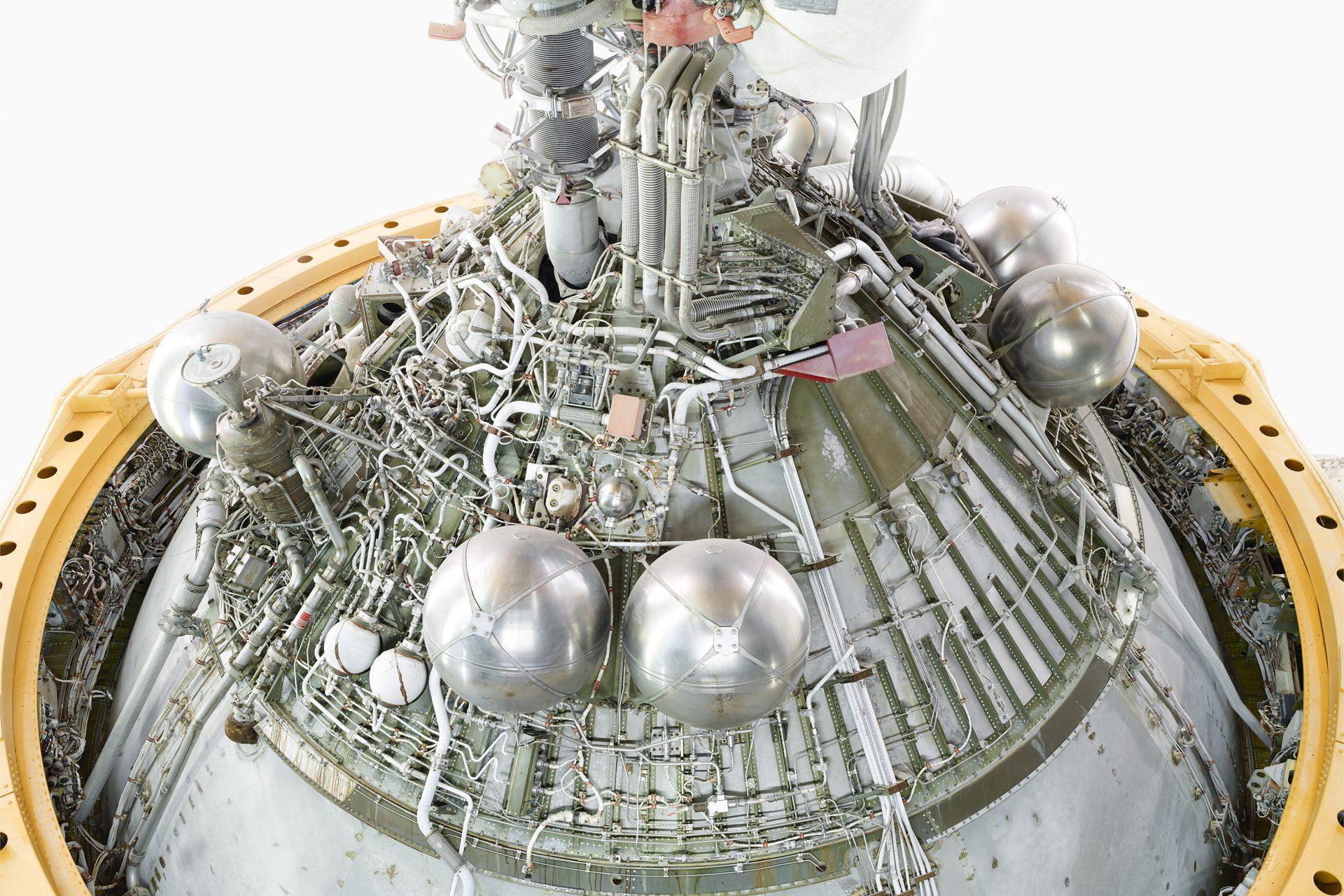 20151002_NASA_JSC_SATURN_V_Back_1-engine_Rev_A-1920x1536.jpg