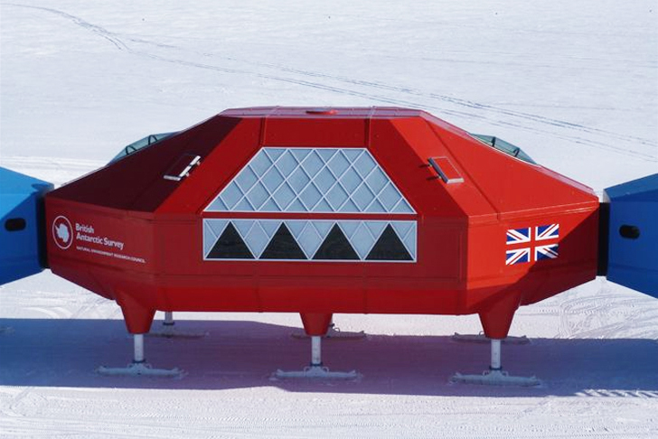 Halley-VI-Antarctic-Reasearch-Station-Hugh-Broughton-Architects-3.jpg