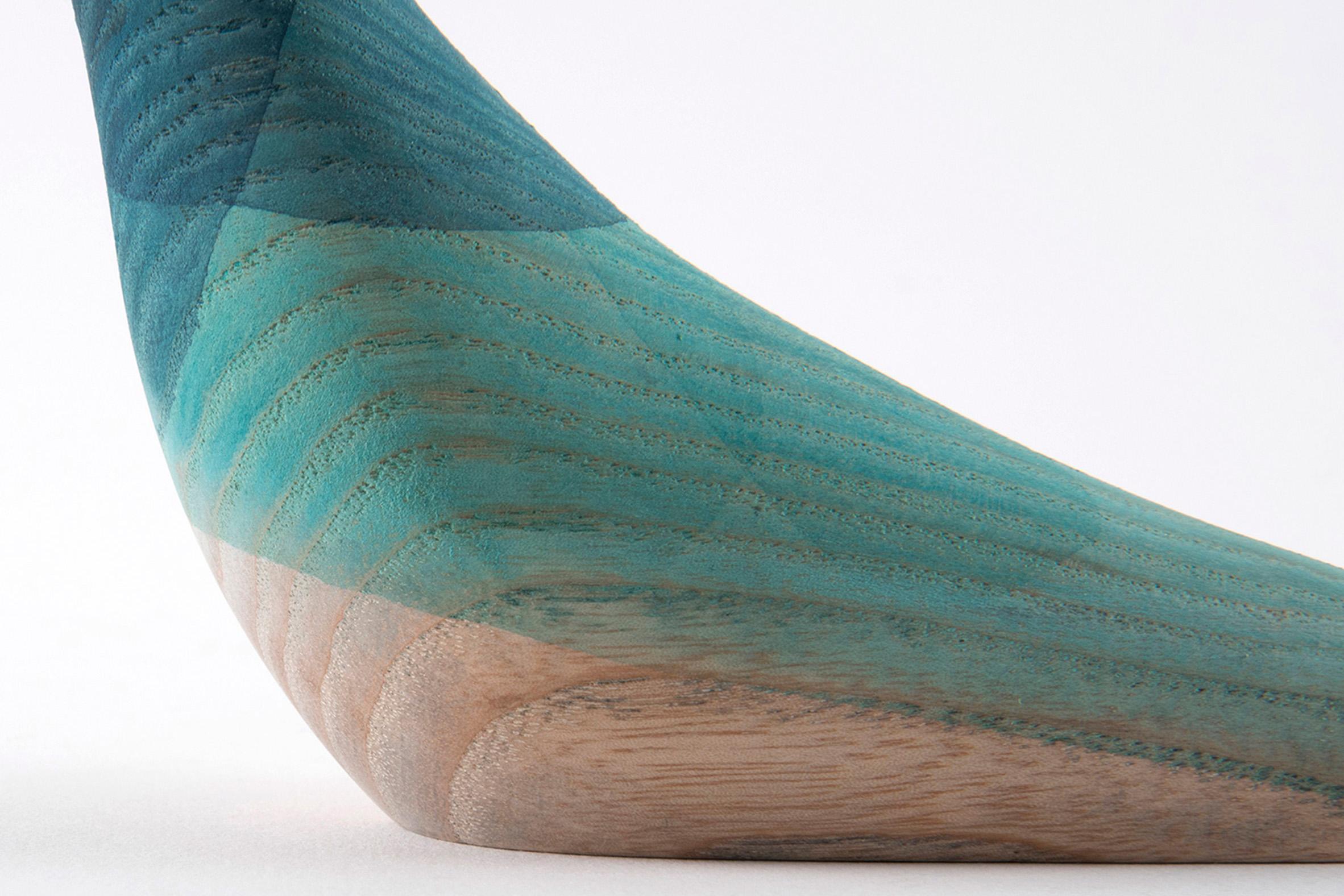immersed-birds-moises-hernandez-design-products_dezeen_2364_col_15.jpg