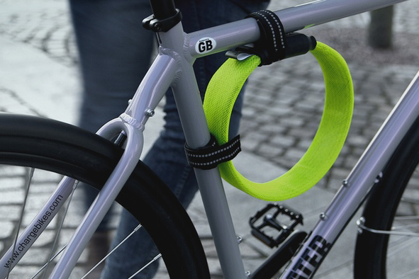 Litelok-frame-attachment-using-wrap-straps.jpg