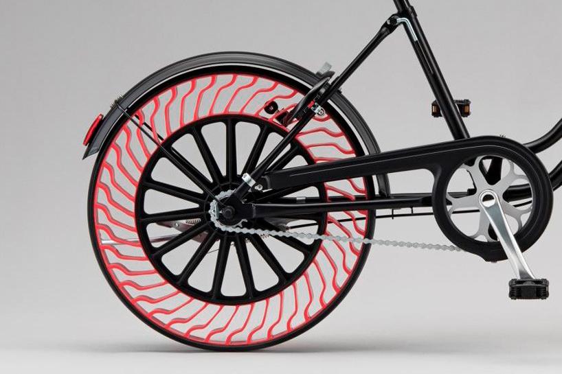 bridgestone-air-free-bicycle-tires-designboom-04-20-2017-818-004-818x600.jpg