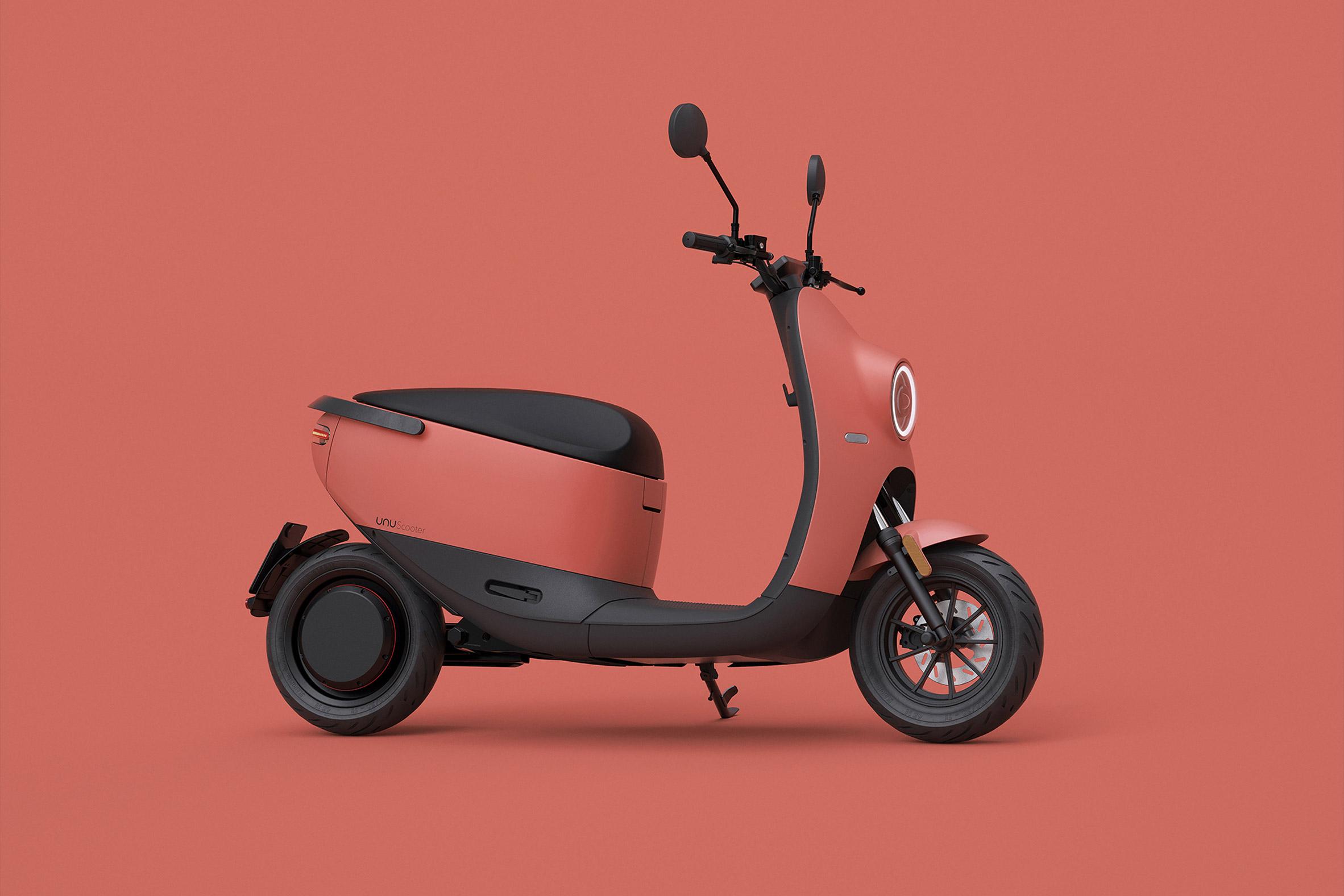Unu-scooter_dezeen_2364_col_22.jpg