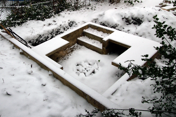 Sunken seating area