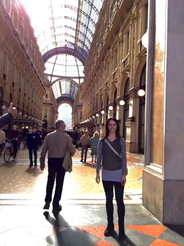 Milan post E.png