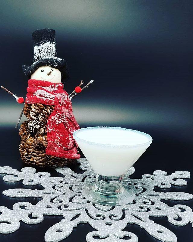 Stop in this weekend (or any other this season) for a Snowflake Martini.  2.5 oz Kanpeki Vodka 5 drops chocolate bitters .25 oz Vanilla syrup 1.5 oz 1/2 & 1/2 Shake and rim glass with sugar sprinkles.  #kanpeki #kanpekivodka #drinklocal #drinks #drinkporn #craftcocktail #drinklocalnj #vodka #drinkcraftnotcrap #milkstreetdistillery #martini @zcocktail @cocktail.inspirations @aboutdrinksandbars @myfavoritecocktail