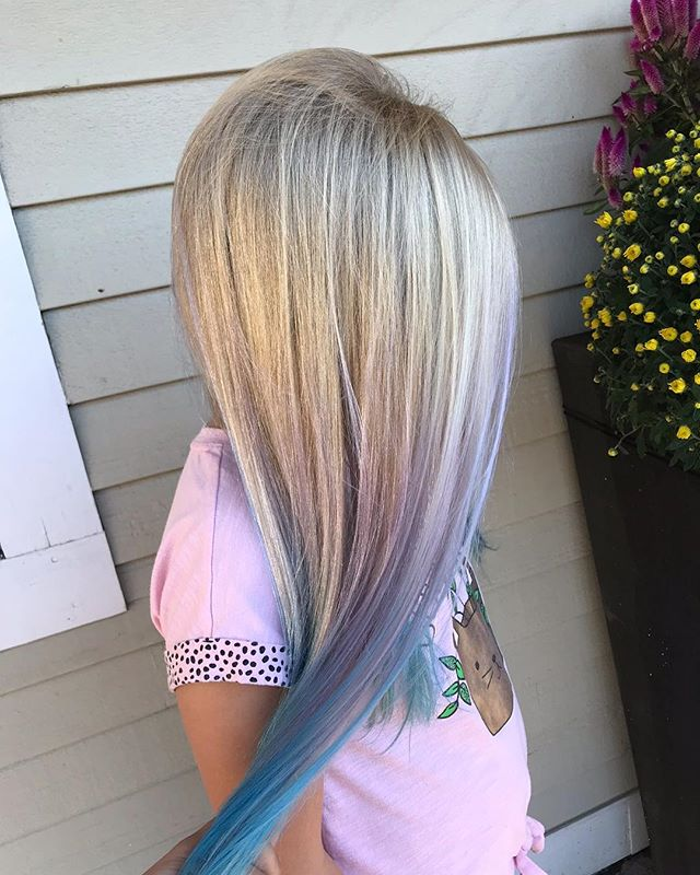Such a beautiful transition of colors 💜💙 @lee_ann5 @beautybyleeann
