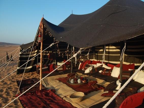 luxury-camping-the-bedouin-majlis-tent-in-wahiba-sands-oman.jpg