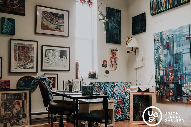 Here's a look at the work and workspace of our very own @lindalanehaynes.