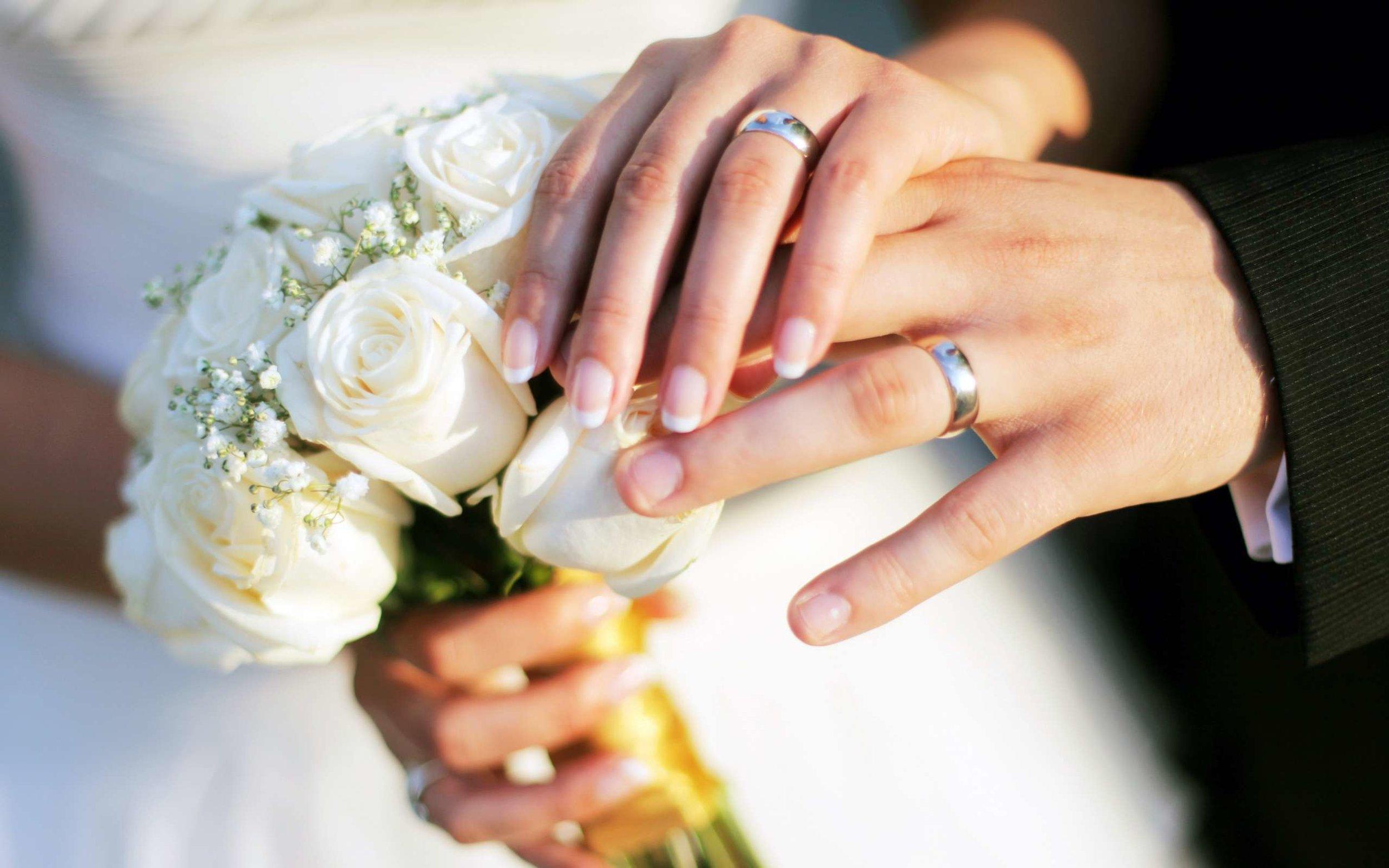 Photo Credit:  Wedding Bands Choice