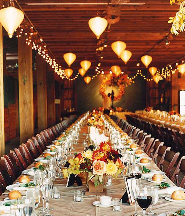 Photo Credit:  Elegant Wedding Invites