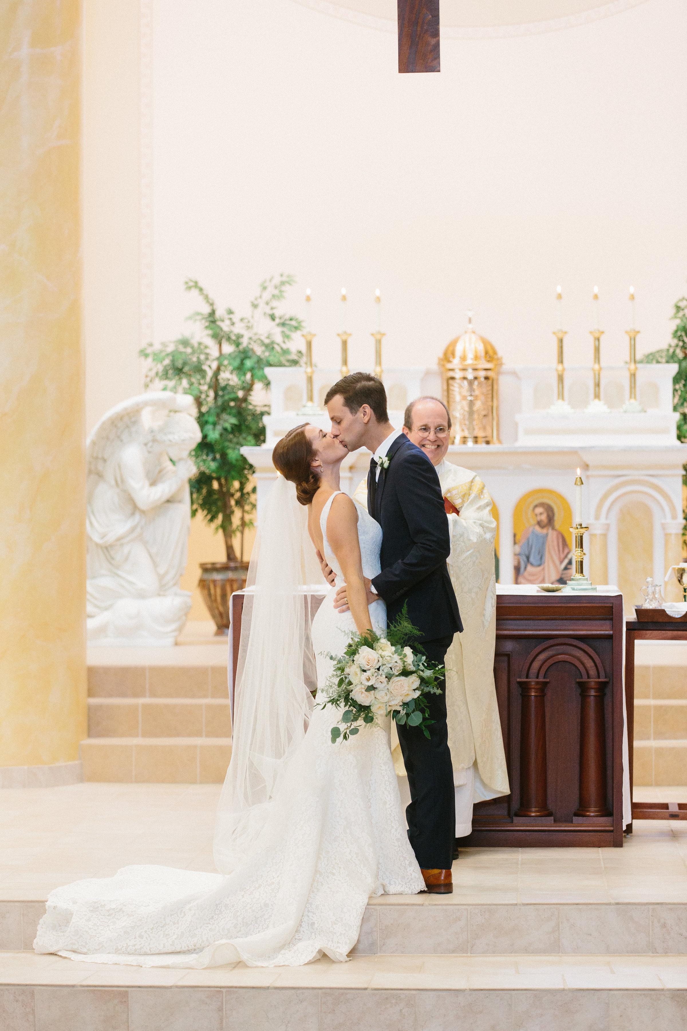 Ceremony-First Kiss.jpg
