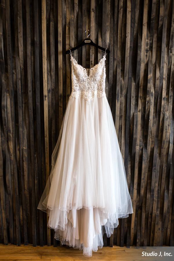 Wedding Gown_3.jpg