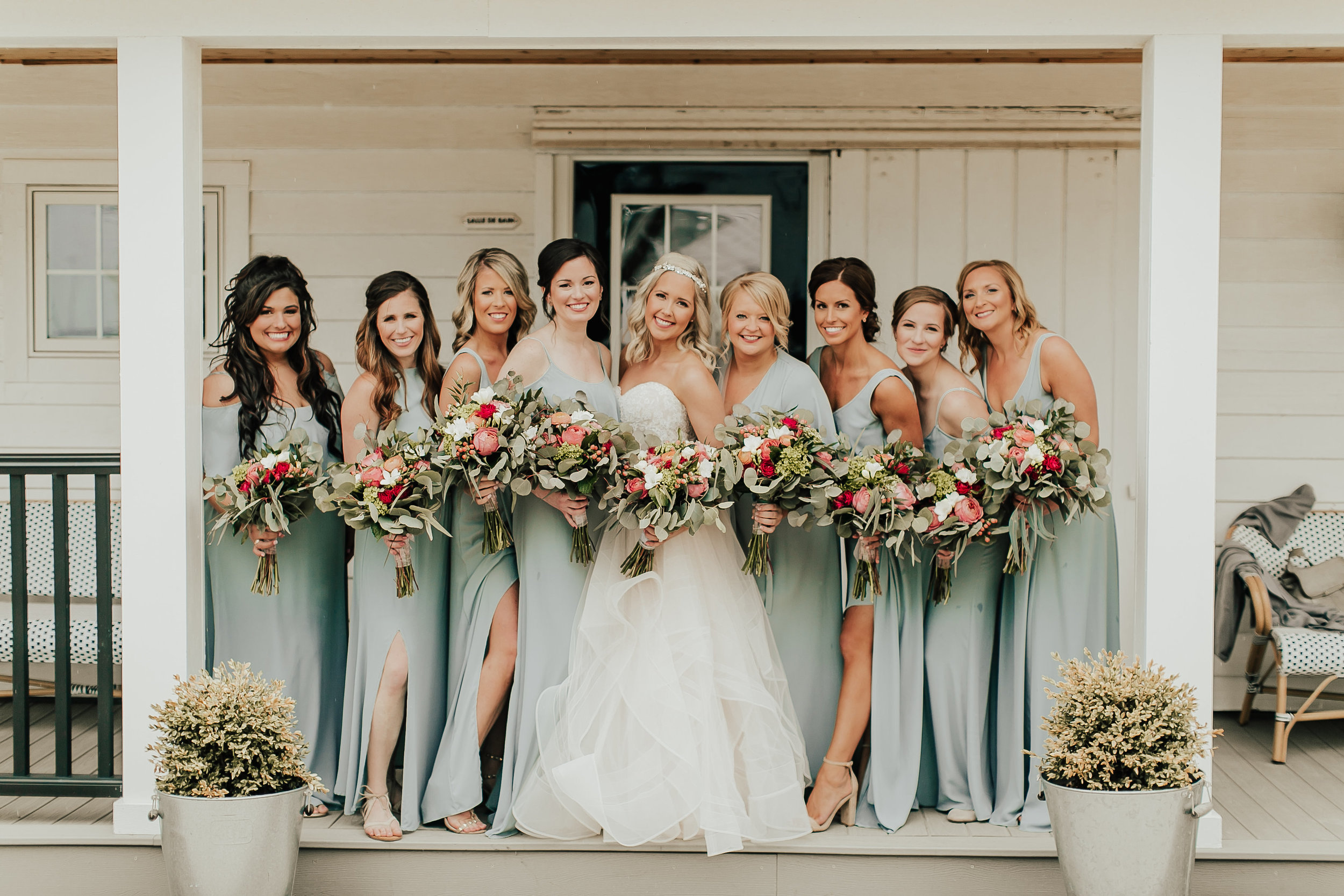 Legacy-Hil-Farm-Wedding-Bridesmaids-MN.jpg