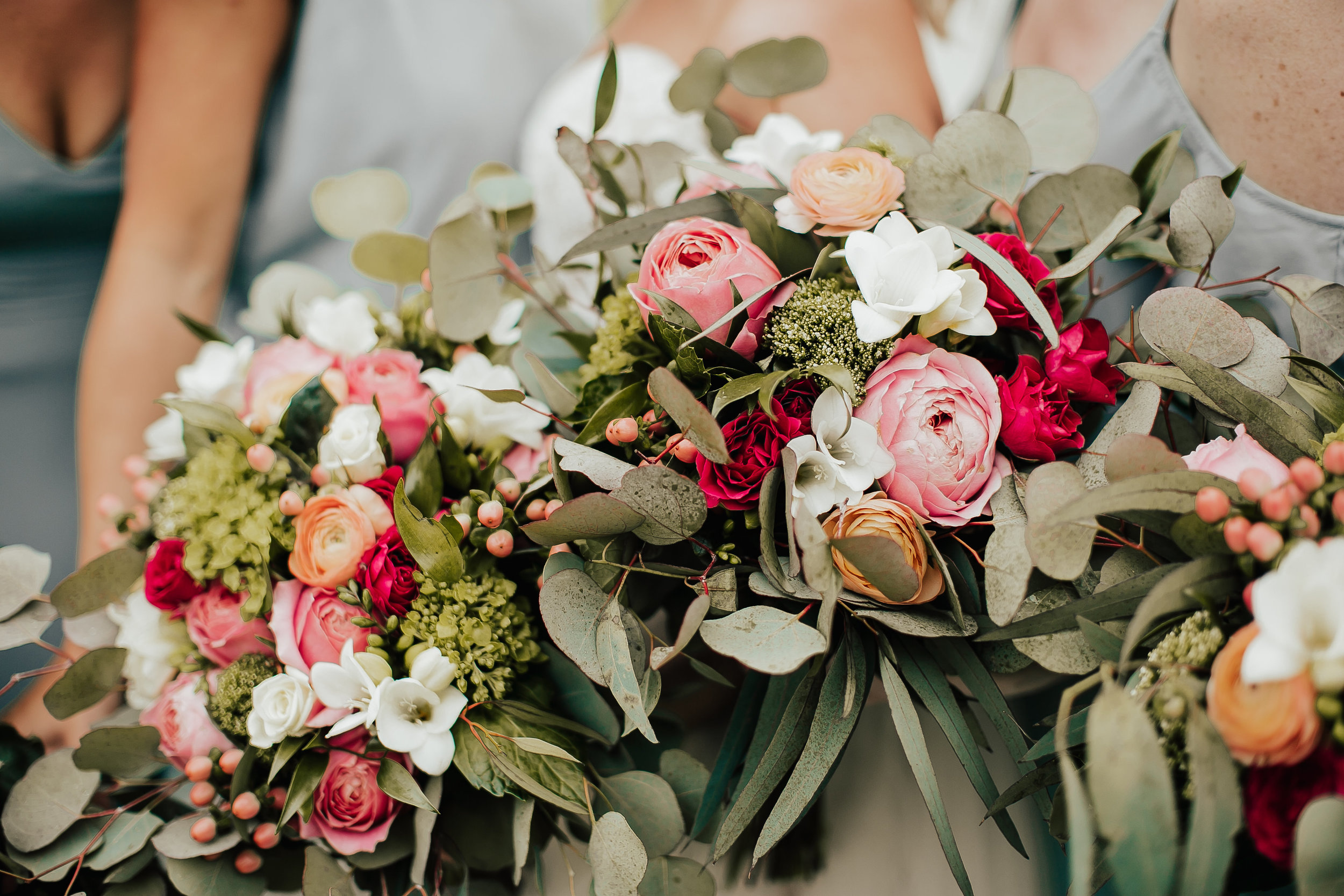 Legacy-Hil-Farm-Wedding-Bridal-Bouquet-MN.jpg