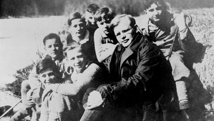 Dietrich Bonhoefer, a hitvalló pap