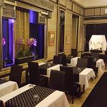 A Pilvax, a márciusi ifjak kávéháza,  ma Sham arab étterem