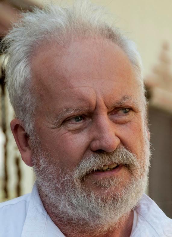 Molnár Tamás, az Inconnu művészcsoport vezetője