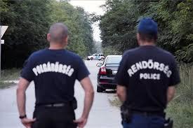 Polgárőr és rendőr