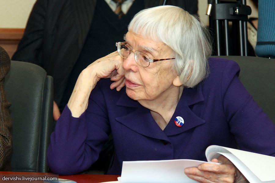 Ljudmila Mihajlovna Alekszejeva, a Moszkvai Helsinki Csoport vezetője