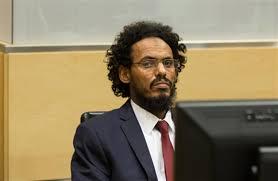 Ahmad al-Faqi al-Mahdi, iszlámista vezető. A hágai  Nemzetközi Büntetőbíróság kilenc év börtönre ítélte Timbuktu XIV. századi műemlékeinek lerombolásáért