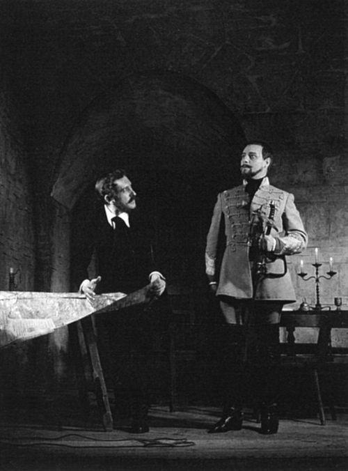 A Fáklyaláng a Nemzetiben, 1952.  Kossuth: Bessenyei Ferenc, Görgey: Ungvári László